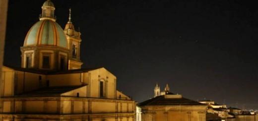 cattedrale-retro-notte
