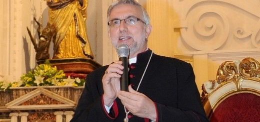 vescovo-caltagirone
