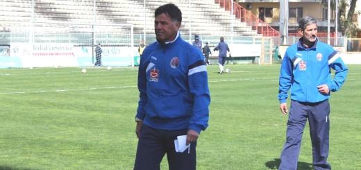 Nella foto l'allenatore Giovanni Campanella insieme al suo vice Angelo Sciuto